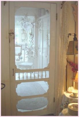 Screen door, www.vintagerosecollection.com